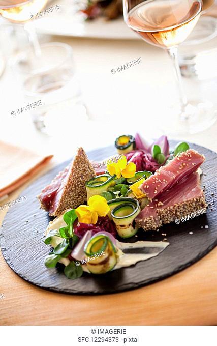 Tuna in a sesame crust with grilled zucchini