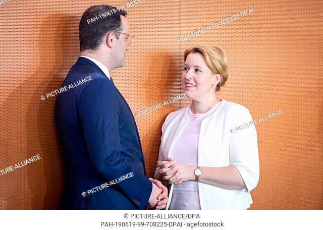 19 June 2019, Berlin: Jens Spahn (CDU), Federal Minister of Health, and Franziska Giffey (SPD), Federal Minister of Family Affairs, Senior Citizens