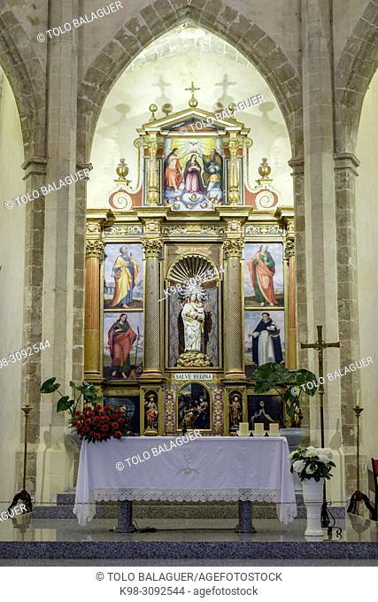 retablo central, museo de la iglesia de Santa Maria de Andratx, fundada en 1248, Andratx, Mallorca, balearic islands, Spain