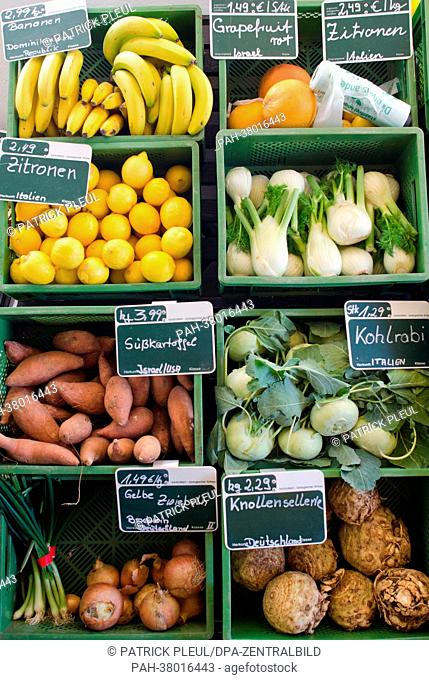 Fresh organic produce are on display in the organic farm shop in Brodowin, Germany, 5 March 2013. Photo: Patrick Pleul | usage worldwide