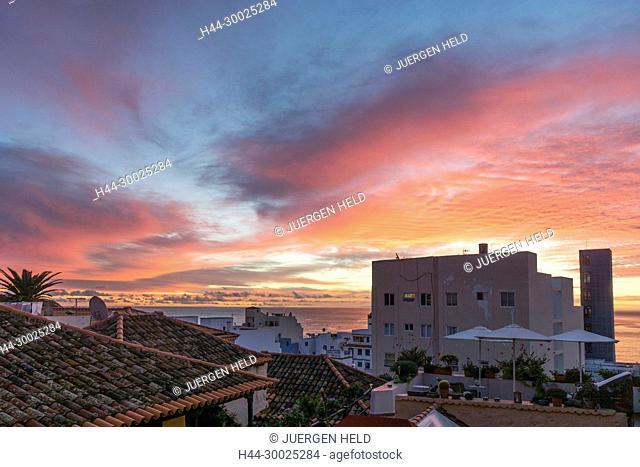 La Palma, Canary Islands, Spain Santa Cruz, La Palma, Canary Islands, Spain