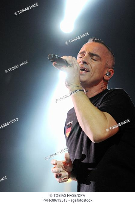 Singer Eros Ramazzotti kicks off his German tour 'Noi' with a concert at Olympiahalle in Munich, Germany, 05 April 2013. Photo:Tobias Hase | usage worldwide