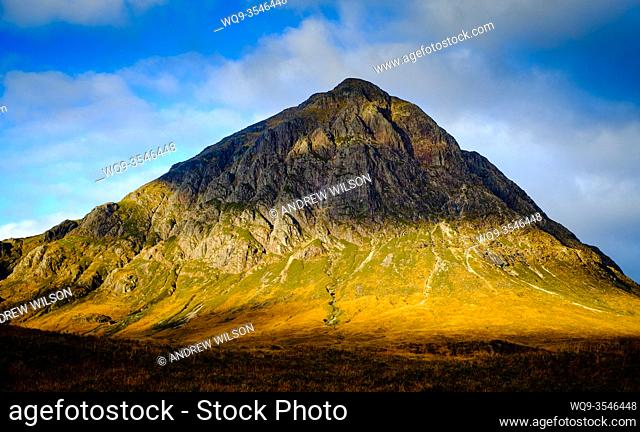 First light on Buchaille Etive Mor, Glen Etive, Highlands of Scotland
