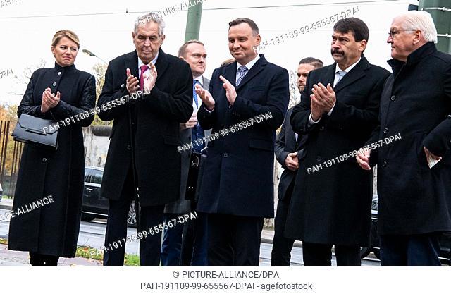 09 November 2019, Berlin: Federal President Frank-Walter Steinmeier (r-l), Janos Ader, President of Hungary, Andrzej Duda, President of Poland, Milos Zeman