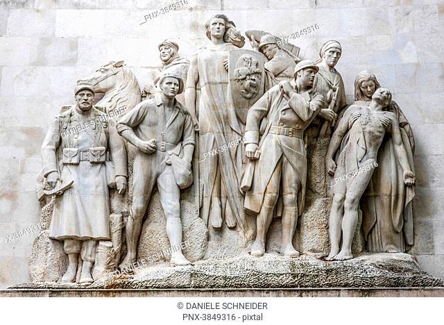 France, 16th arrondissement of Paris, Trocadero district, Place du Trocadero et du 11 novembre, … la gloire de l'Armee francaise 1914-1918 war memorial created...