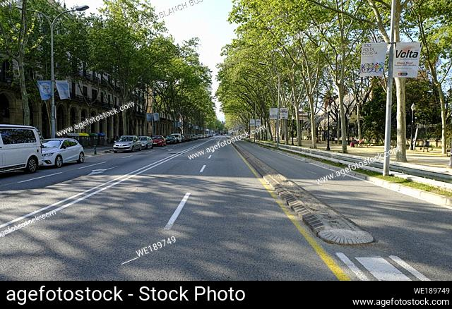 The Paseo Picaso in Barcelona without traffic due to the total confinement of the population in Spain. Spain is one of the countries most affected by the...