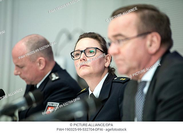 25 March 2019, Lower Saxony, Hannover: Carmen Scholze (M), traffic officer at the State Police Headquarters of the Ministry of the Interior of Lower Saxony
