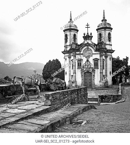 Kirche Heiliger Franz von Assisi in Ouro Preto, Brasilien 1966. Church of Saint Francis of Assisi in Ouro Preto, Brazil 1966