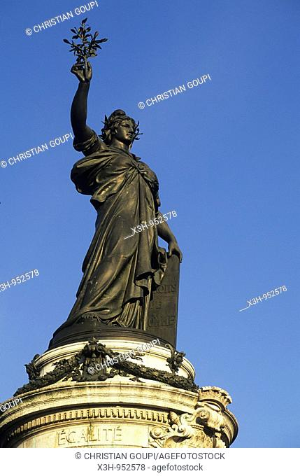 Statue de Marianne,monument place de la Republique,Paris,Ile de France,France