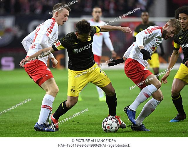 19 January 2019, Saxony, Leipzig: Soccer: Bundesliga, 18th matchday, RB Leipzig - Borussia Dortmund in the Red Bull Arena Leipzig