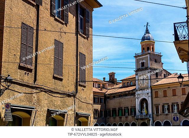 Italy, Emilia Romagna, Modena, Piazza Grande, the city hall