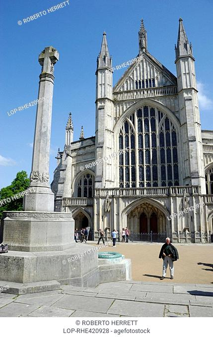England, Hampshire, Winchester, A war memorial outside the west entrance to Winchester Cathedral