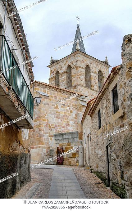 Zamora, San Cipriano Church, XI Century, medieval, and ancient walls, wiewpoint, Zamora, Castilla y Leon, Spain