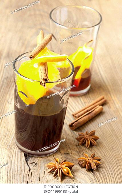 Mulled wine with oranges and cinnamon