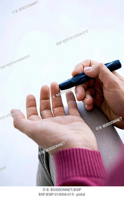 Test for diabetes, man