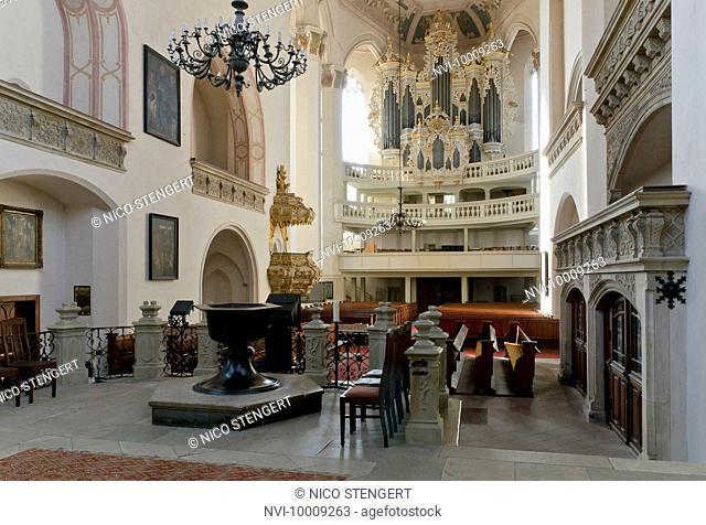 Altar and organ in the town church of St Wenceslas, Wenceslas Church, Naumburg, Saxony-Anhalt, Germany, Europe