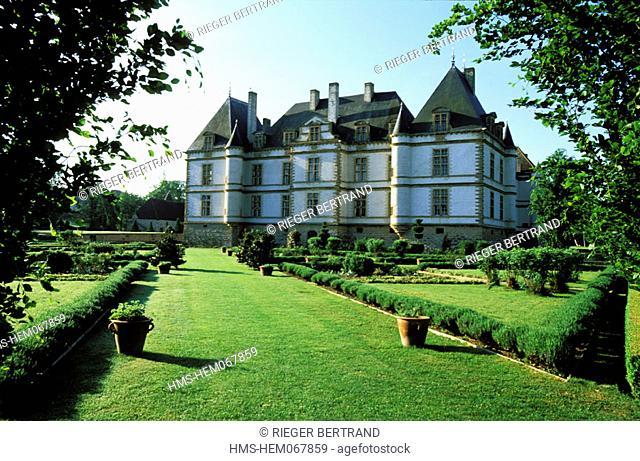 France, Saône-et-Loire (71), Mâconnais region, Cormartin castle and its park