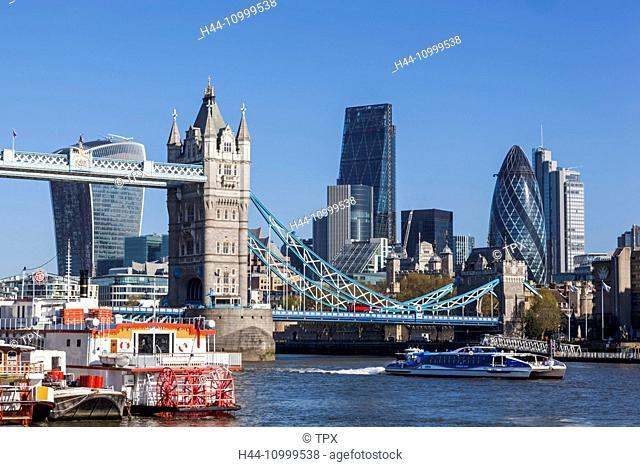 England, London, Thames River and London Skyline