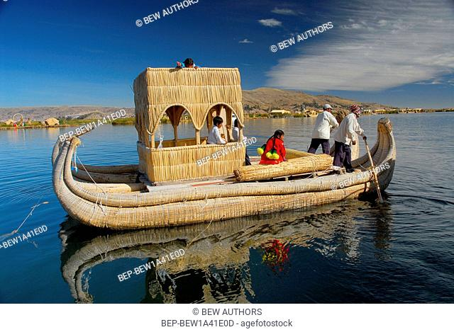 Peru, South America, Titicaca Lake, Uros Indian, Uros Ayamaras, Floating Island