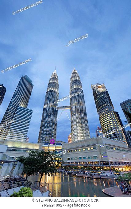 Petronas twin towers at dusk, Kuala Lumpur, Malaysia