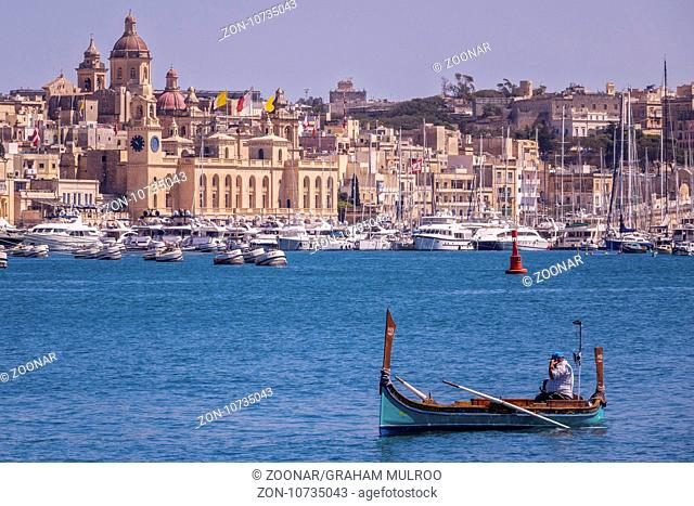 Water Taxi In The Grand Harbour, Malta