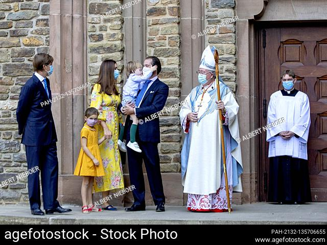 Prince F?lix and Princess Claire of Luxemburg, Princess Amalia and Prince Liam and Prince Louis of Luxemburg arrive at the Abbaye Saint-Maurice in Clervaux