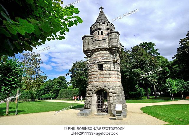 Brussels, Belgium. Parc du Cinquantenaire: La Tour de Tournai / De Toren van Doornik : erected in 1880 by Henri Bayaert (1823-1894) to advertise the building...