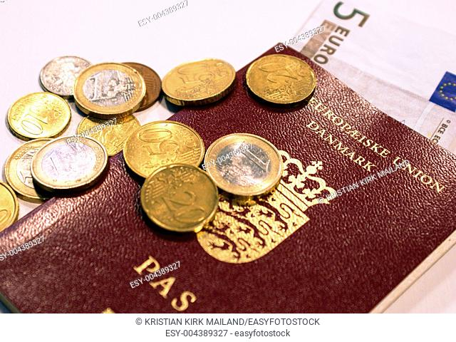 Pocket money and european passeport