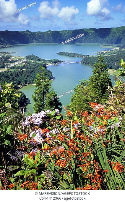 Lagoa das Sete Cidades, twin lakes, San Miguel Island, Atlantic Ocean, Azores, Portugal