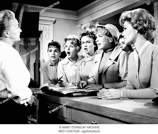Elisabeth Fraser, Dodie Heath & Shirley Maclaine Characters: Jennie Boyden, Terri Richards (as Dody Heath), Meg Wheeler Film: Ask Any Girl (USA 1959) Director:...