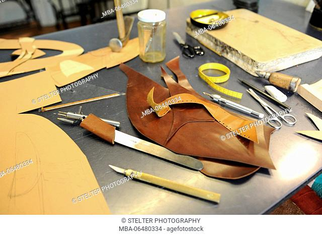 Shoemaker workshop, tools and accessories