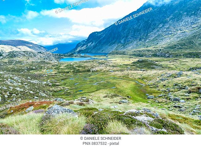 France, Pyrenees Ariegeoises Regional Nature Park, Bassies lakes, GR 10