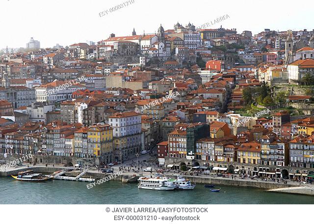 Cais da Ribeira (Ribeira quay) and Douro river, Porto. Portugal