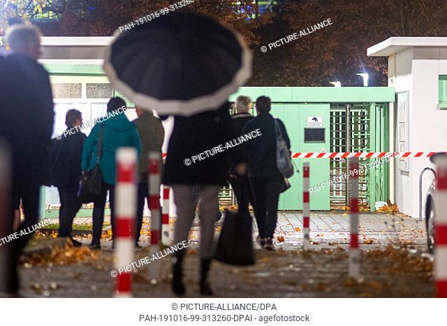 16 October 2019, Saxony-Anhalt, Haldensleben: A barrier tape is stretched in front of an entrance to the Hermes dispatch centre site