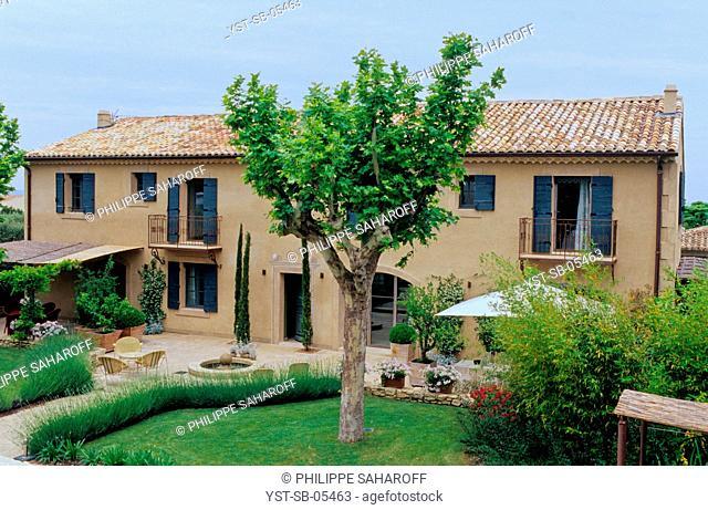 House, Saint-Rémy-de-Provence, Provence, France