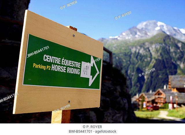 guidepost to equestrian facility, France, Savoie, Sainte-Foy-Tarentaise