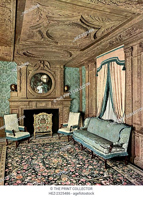 A living room during the reign of Louis XIII, Hôtel Marion du Fresne, Saint-Malo, France, 1938