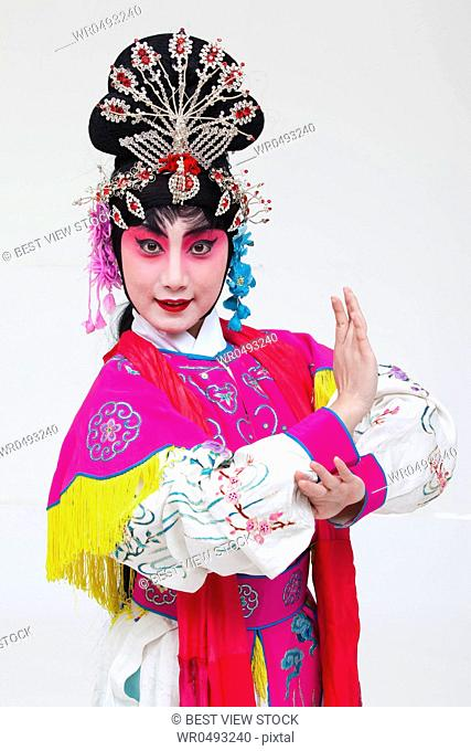 Female opera Days