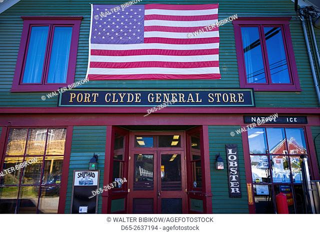 USA, Maine, Port Clyde, Port Clyde General Store, exterior