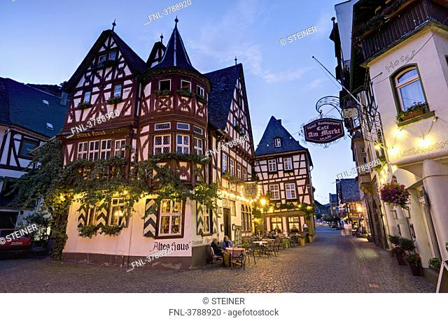 Inn Altes Haus on market square in the evening, Bacharach, Germany