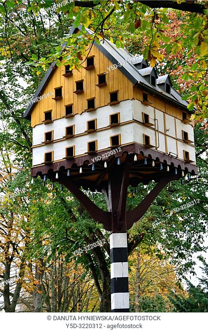 Dovecote in public park in city center near main train station, Bayreuth, Upper Franconia, Bavaria, Bayern, Germany, Europe