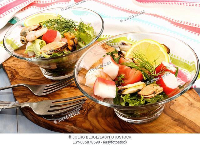 cold fresh seefood slalad, fine dinning with healthy food