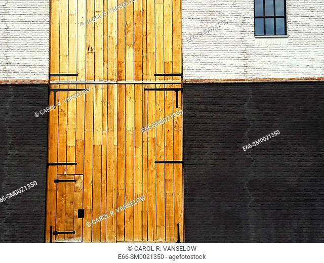 Doorway leading to loading entrance of shop at the Maankwartier in Heerlen