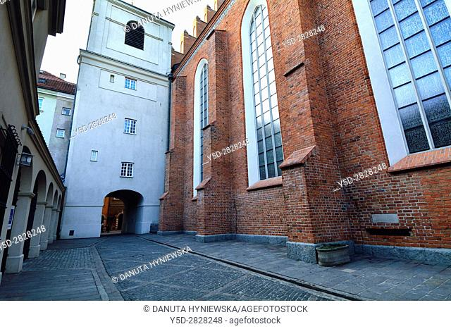 Side facade of St John's Archcathedral and Dziekania street seen from Kanonia street, Archikatedra Sw . Jana, Warsaw's Old Town - UNESCO World Heritage List