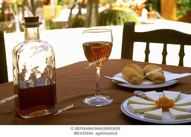 Vino de Pata and cheese, El Hierro, Canary Islands, Spain
