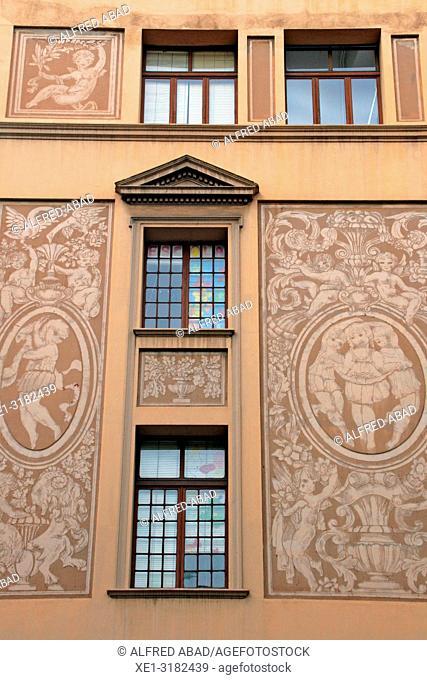 windows and paintings sgrafiato on the wall, Angel Baixeras School, 1918, architect josep Goday, Barcelona, Catalonia, Spain