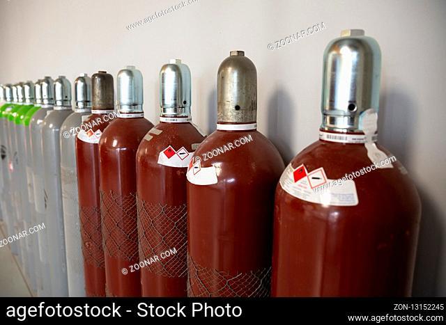 Seamless Steel Industrial Gas Cylinders. Pressurized Cylinder. Industrial stainless steel bottles in line