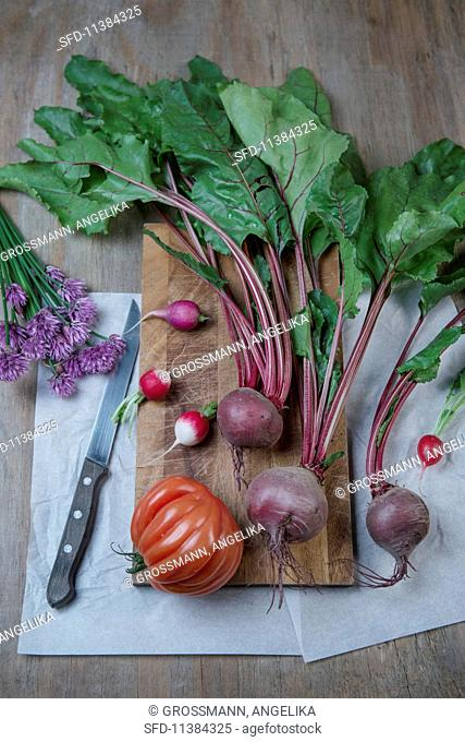 Beetroots, chives, radishes and tomatoes