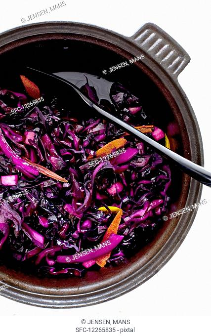 Red cabbage with orange peel (top view)