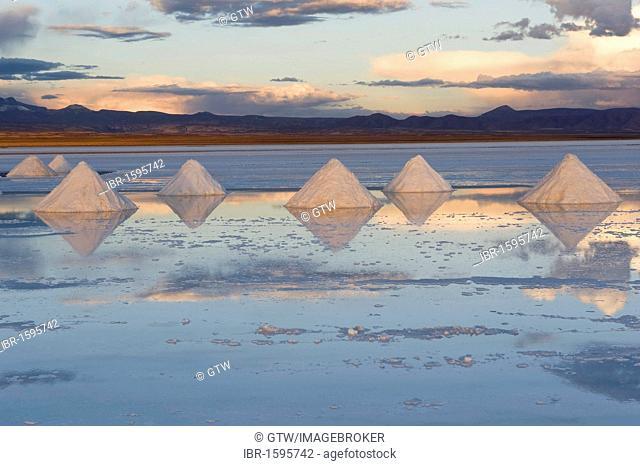 Salt cones, Salar de Uyuni at sunset, Potosi, Bolivia, South America